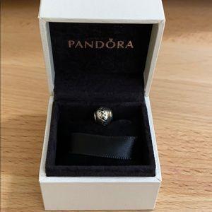 Authentic Pandora Essence Love Charm